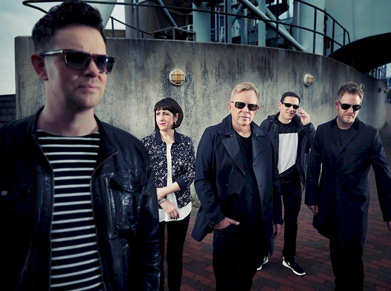 New Order anuncia disco de inéditas em 2015