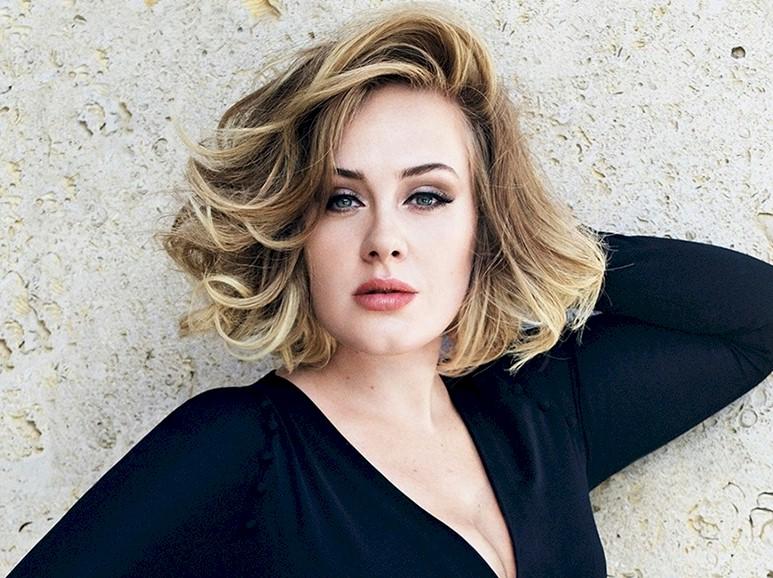 Adele foca sua carreira nos EUA