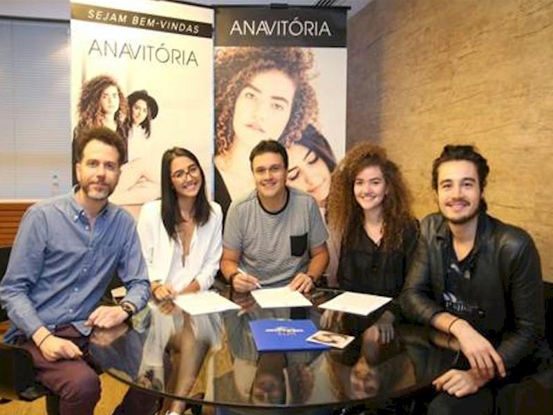 anavitoria2