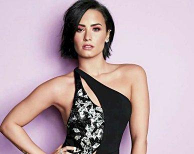 Demi Lovato processada Stars 2016