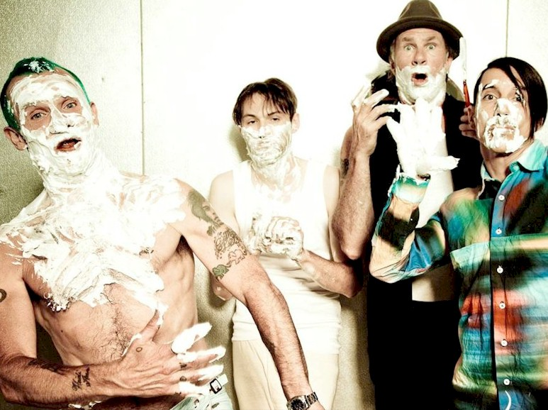 Red Hot Chili Peppers anuncia nova turnê