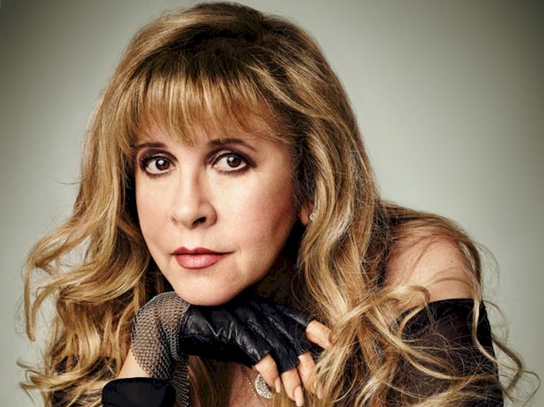 Stevie Nicks anuncia turnê com os Pretenders
