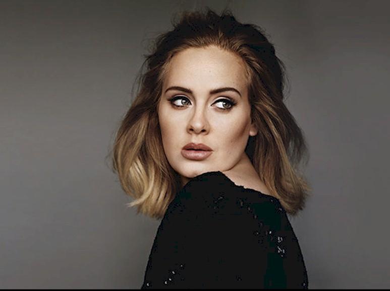 Adele recebe homenagem da Sony Music nos EUA