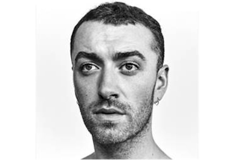 "Sam Smith anuncia lançamento do novo álbum ""The Thrill Of It All"""