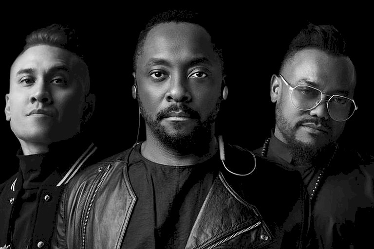 "Black Eyed Peas retorna com o single ""Street Livin'"""