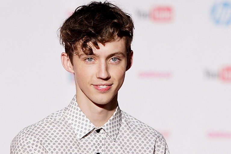 "Troye Sivan lança novo single ""The Good Side"""
