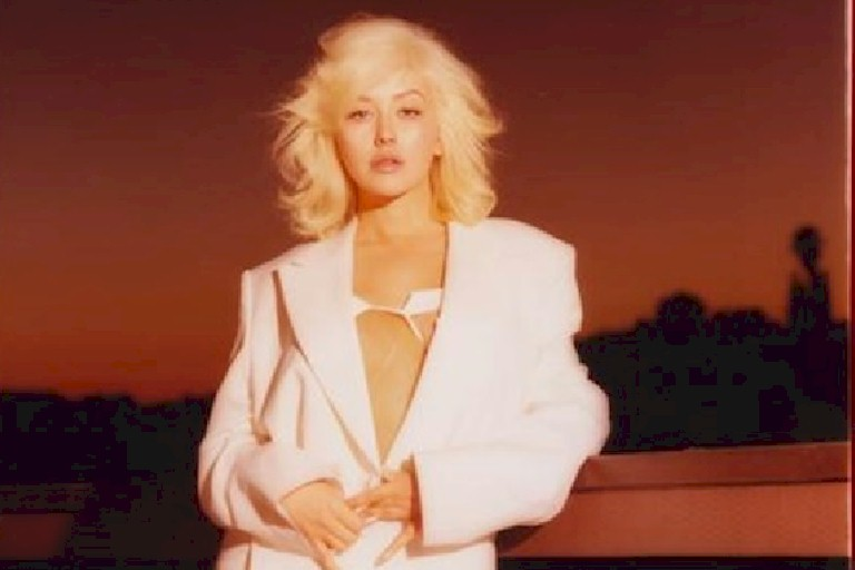 "Christina Aguilera: novo single ""Like Do"" celebra parceria com GoldLink"