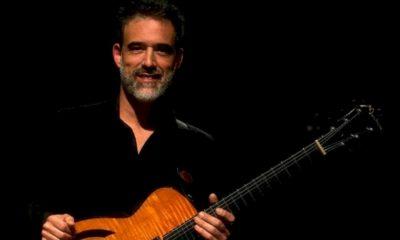 Entrevistamos o premiado guitarrista Léo Amuedo