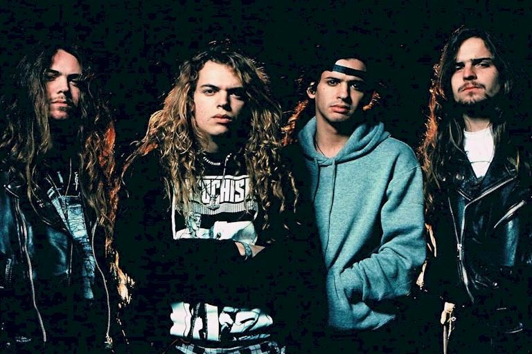 """Sepultura relança o clássico """"Arise"""" com material bônus"""