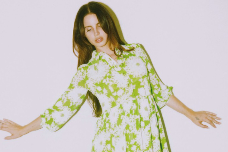 "Lana Del Rey: confira o novo single ""Mariners Apartment Complex"""
