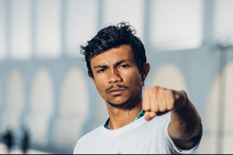"""Rapper carioca Xamã lança novo clipe """"Monalisa"""" em formato video selfie"""