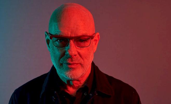 """Brian Eno receberá a medalha """"Stephen Hawking"""" por contribuição à ciência"""