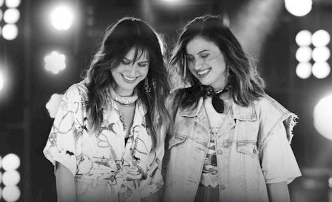 """Júlia e Rafaela lançam o single """"Cancela Essa Briga"""""""