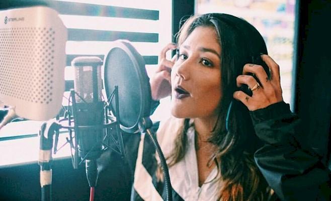 "Lua, nova aposta da Warner, lança o single ""Dali & Kali"""