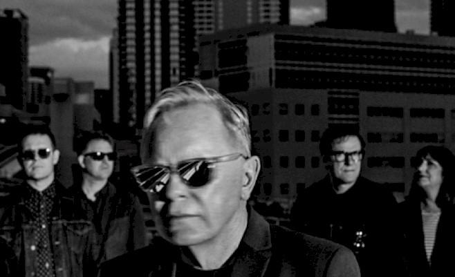 """New Order divulga """"Ultraviolence"""" ao vivo, faixa do novo álbum"""