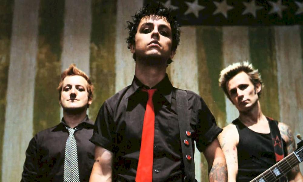 """Green Day: """"American Idiot"""" completa 15 anos de lançamento"""
