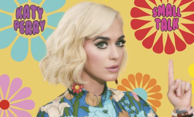 "Katy Perry lança o novo single ""Small Talk"""