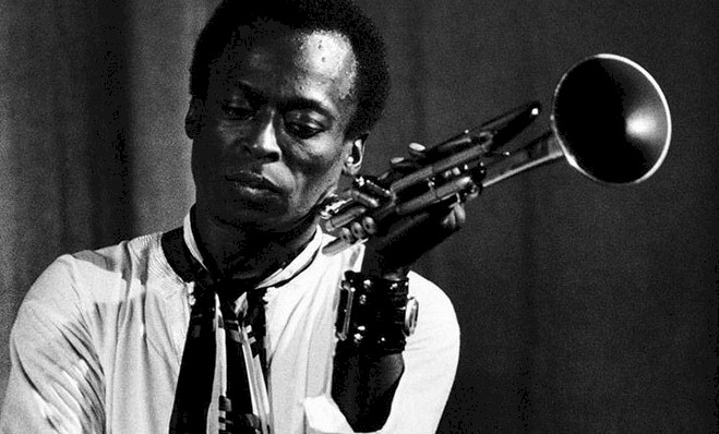 "Miles Davis: assista ao trailer do documentário ""Birth of the Cool"""