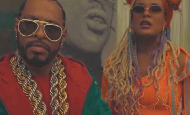 """Thaíde lança videoclipe de """"Segura a Nega"""" com DJ Max nos Beatz"""