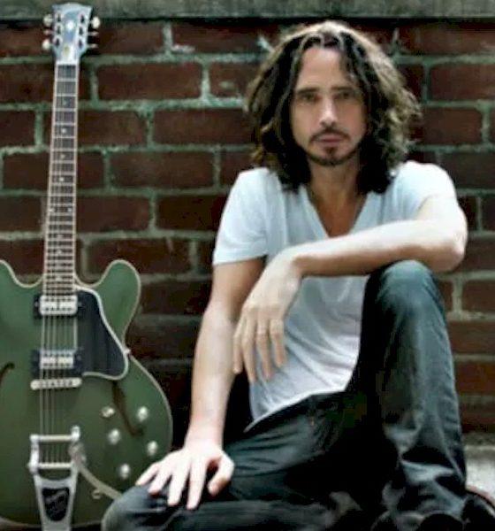 Gibson homenageia Chris Cornell com edição especial de guitarra