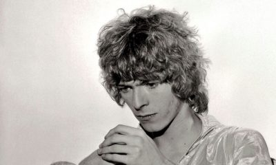 "Box ""Conversation Piece"" de David Bowie traz dBox ""Conversation Piece"" de David Bowie traz demos e gravações rarasemos e gravações raras"