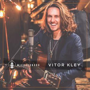"Vitor Kley lança álbum no projeto ""Microfonado"""