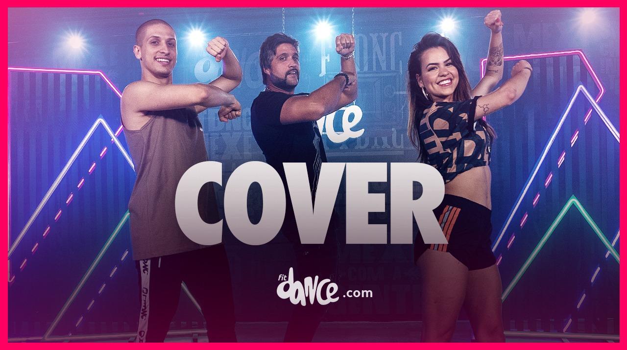 Cantor Léo surpreende ao dançar Cover com equipe do FitDance