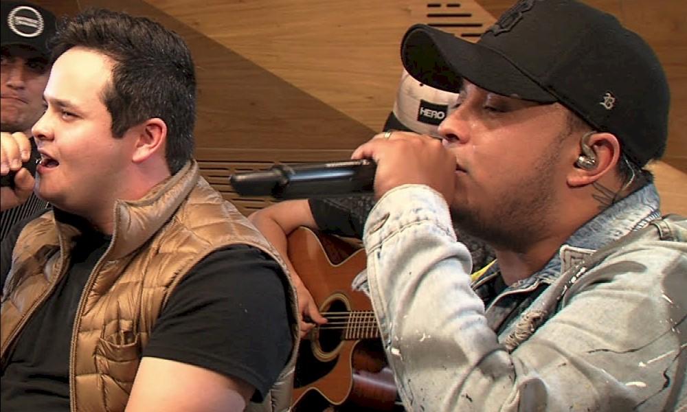 """Matheus e Kauan apresentam versões acústicas de """"Mágica"""" e """"Vou Ter Que Superar"""""""