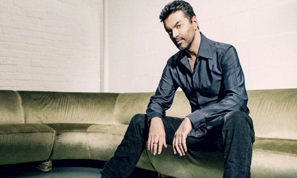 """George Michael: confira a inédita """"This Is How (We Want You To Get High)"""""""