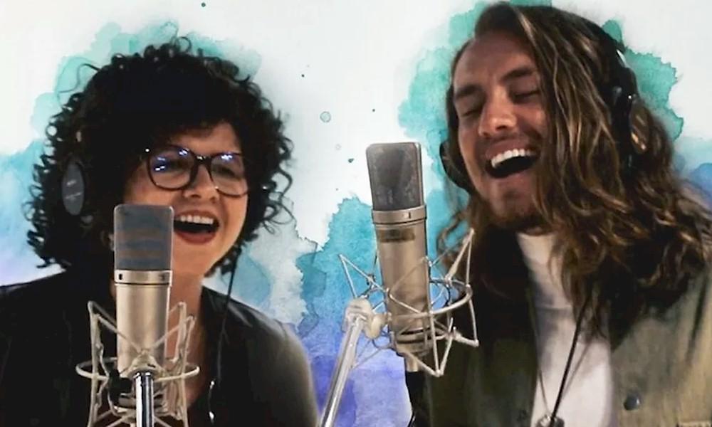 """Roberta Campos e Vitor Kley lançam o single """"Fique na Minha Vida"""""""