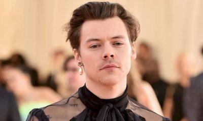 """Harry Styles: álbum """"Fine Line"""" é o primeiro a alcançar o topo dos EUA em 2020"""