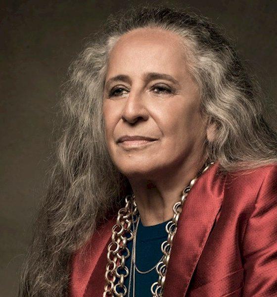 Maria Bethânia cancela show em São Paulo