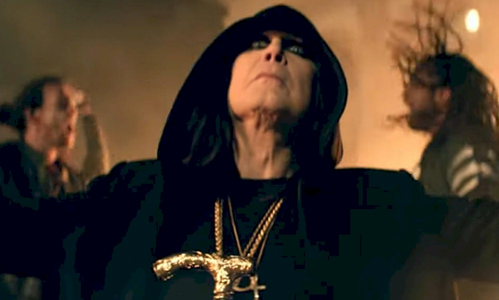 """Ozzy Osbourne lança o novo clipe de """"Straight To Hell"""""""