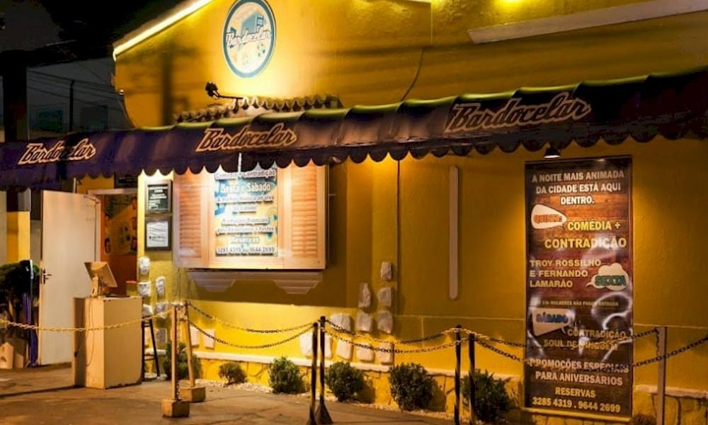 Coronavírus: bar de Curitiba transmite shows pela web e mantém cachês de artistas