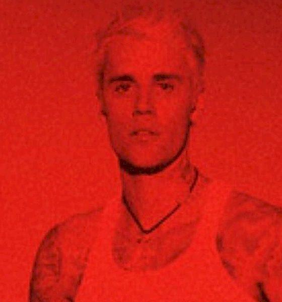 """Justin Bieber anuncia lançamento de compilações e inicia com """"Work From Home"""""""