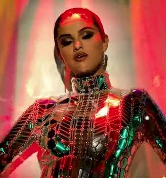 Selena Gomez teme viver sozinha para sempre