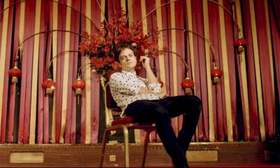 "Jamie Cullum disponibiliza o clipe de ""The Age of Anxiety"""