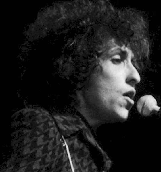 Bob Dylan: raro manuscrito de 1966 será leiloado