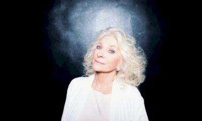 """Judy Collins anuncia nova versão de """"Amazing Grace"""" com coral virtual"""