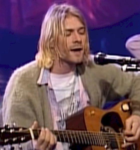 Kurt Cobain: violão usado no MTV Unplugged, será leiloado. Espera-se US$ 1 milhão