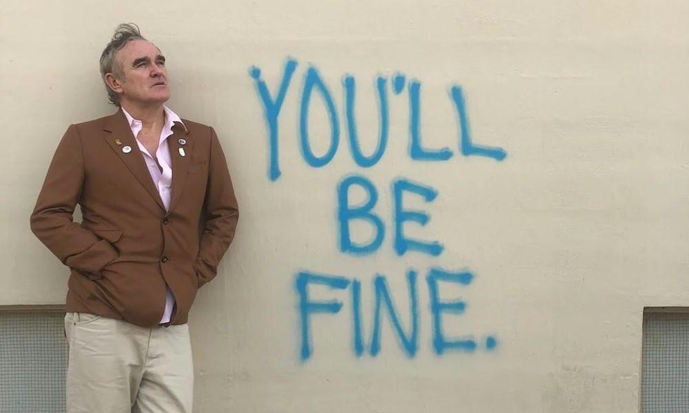 """Morrissey reverencia superação de fracassos em """"Knockabout World"""""""