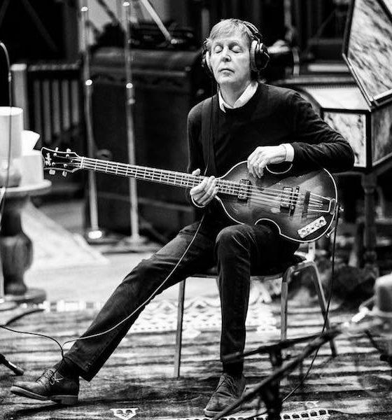 Paul McCartney presta homenagem a Little Richard