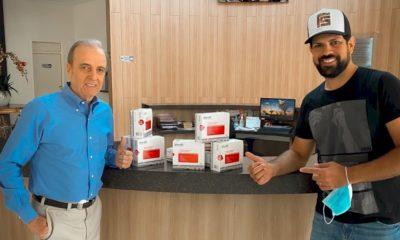 Fernando e Sorocaba entregam doação de mais de meio milhão de reais ao Hospital do Amor