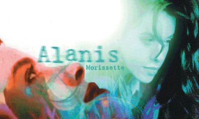 "Alanis Morissette anuncia edição deluxe de ""Jagged Little Pill"""