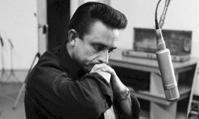 Álbum ao vivo inédito de Johnny Cash, gravado em 1973, será lançado em julho