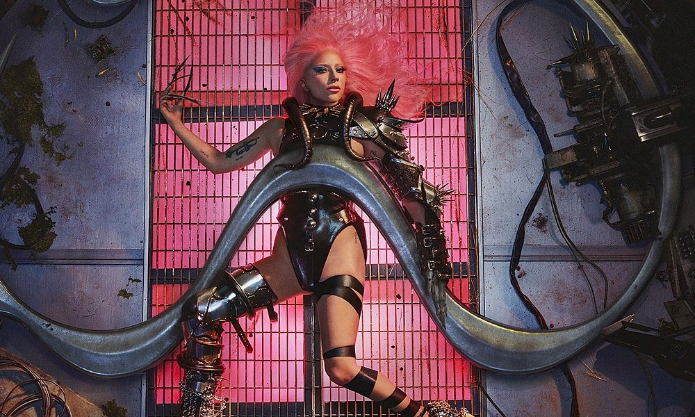 """Lady Gaga: """"Chromatica"""" estreia em primeiro lugar na Austrália"""