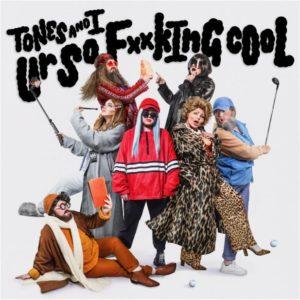 """Tones And I: ouça o novo single """"Ur So F**king Cool"""""""