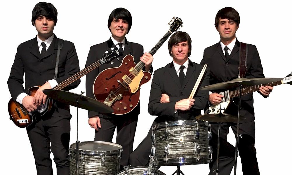 Banda Beatles 4ever realiza show drive in em São Paulo