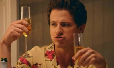 "Charlie Puth compartilha o clipe oficial de ""Girlfriend"""