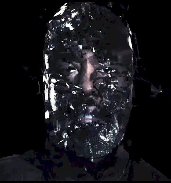 "Kanye West lança single e clipe impactante de ""Wash Us In The Blood"" com colaboração de Travis Scott"